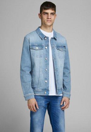 Куртка джинсовая Jack & Jones. Цвет: голубой