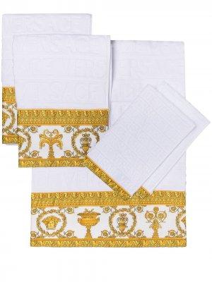 Набор I ♡ Baroque из пяти полотенец Versace. Цвет: белый