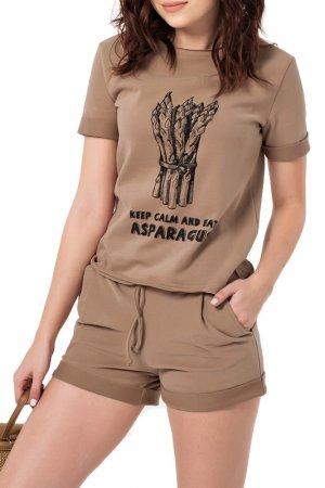 Костюм: футболка, шорты Fly. Цвет: песочный