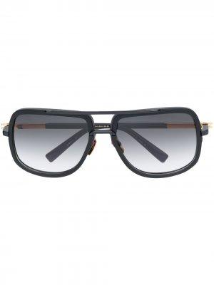 Массивные солнцезащитные очки с эффектом градиента Dita Eyewear. Цвет: черный