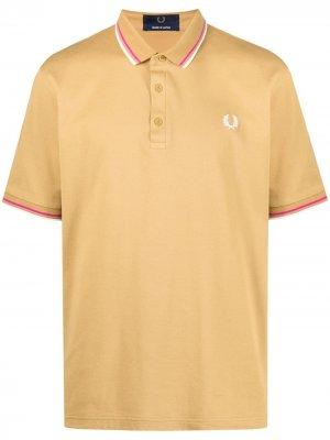 Рубашка поло с вышитым логотипом FRED PERRY. Цвет: желтый
