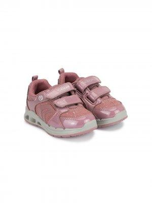 Кроссовки с эффектом металлик Geox Kids. Цвет: розовый