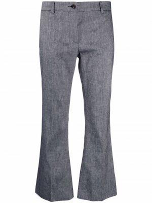 Укороченные расклешенные брюки Alberto Biani. Цвет: синий
