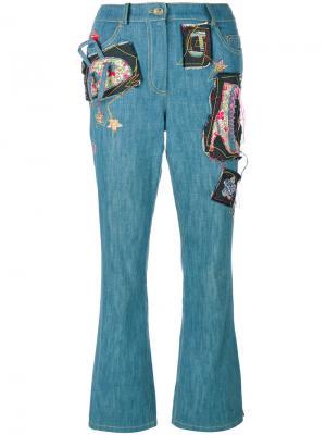 Джинсы с нашивками John Galliano Vintage. Цвет: синий
