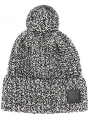 Трикотажная шапка с помпоном Canada Goose. Цвет: серый