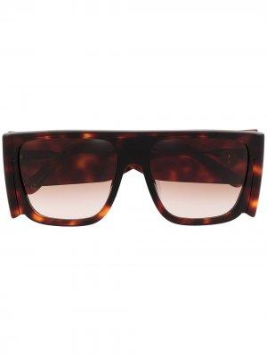 Солнцезащитные очки Magda в квадратной оправе с кристаллами Linda Farrow. Цвет: коричневый