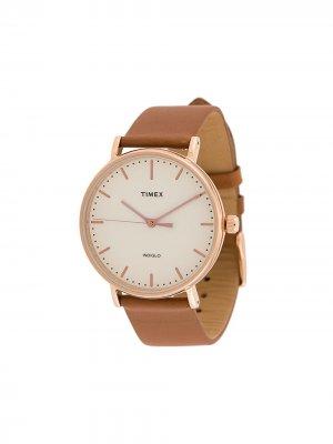 Наручные часы Fairfield 41 мм TIMEX. Цвет: коричневый