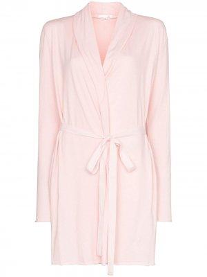 Двухслойный халат с поясом Skin. Цвет: розовый