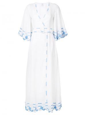 Платье с вышивкой ремнем Gül Hürgel. Цвет: белый