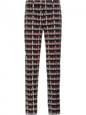 Укороченные брюки с принтом губной помады Prada. Цвет: черный