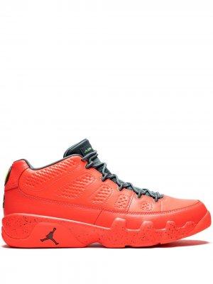 Кроссовки Air  9 Retro Low Jordan. Цвет: оранжевый