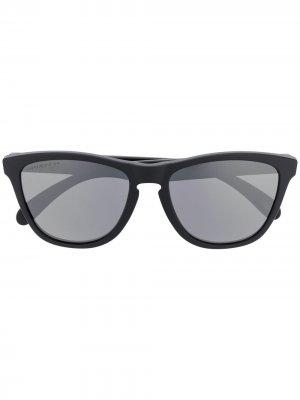 Солнцезащитные очки Holbrook с затемненными линзами Oakley. Цвет: черный
