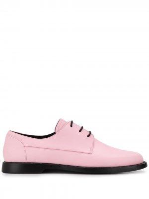 Оксфорды на шнуровке Camper. Цвет: розовый