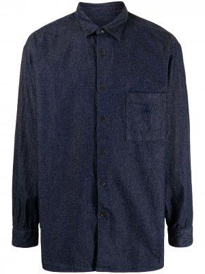 Джинсовая рубашка на пуговицах SOPHNET.. Цвет: синий
