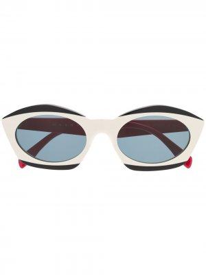 Солнцезащитные очки в оправе кошачий глаз Marni Eyewear. Цвет: нейтральные цвета