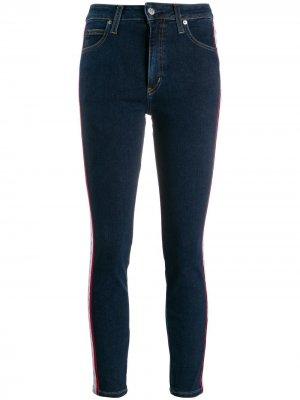 Укороченные джинсы скинни Calvin Klein Jeans. Цвет: синий