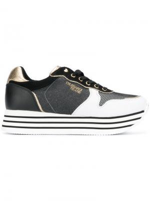 Кроссовки на наборной каблуке Trussardi Jeans. Цвет: черный