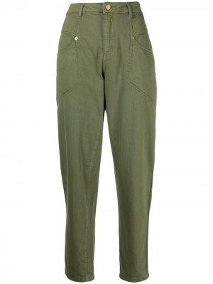 Укороченные зауженные брюки Ermanno. Цвет: зеленый