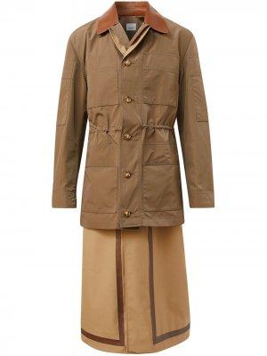 Многослойное пальто Burberry. Цвет: коричневый