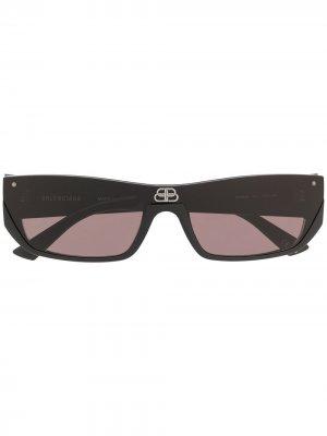 Солнцезащитные очки Shield в прямоугольной оправе Balenciaga Eyewear. Цвет: черный