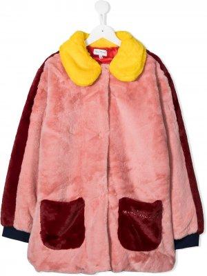 Пальто из искусственного меха в стиле колор-блок The Marc Jacobs Kids. Цвет: розовый