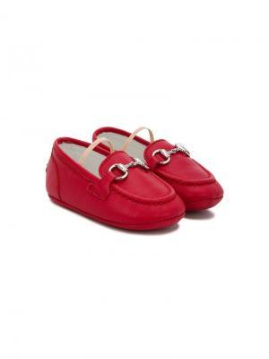 Пинетки в стилистике лоферов Gucci Kids. Цвет: красный