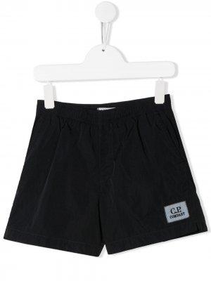 Плавки-шорты с нашивкой-логотипом C.P. Company Kids. Цвет: черный