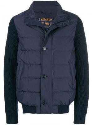 Куртка с утепленными панелями на груди и спине Woolrich. Цвет: синий