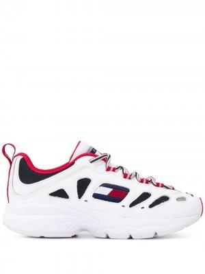 Кроссовки Heritage с вырезами Tommy Jeans. Цвет: белый