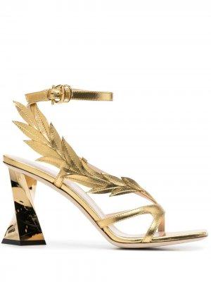 Босоножки Laurel 95 на скульптурном каблуке Pollini. Цвет: золотистый