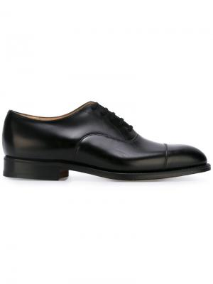 Туфли оксфорды Church's. Цвет: черный