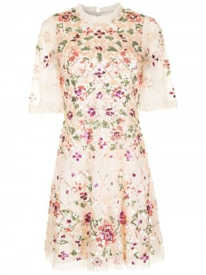 Платье-трапеция с цветочной вышивкой Needle & Thread. Цвет: нейтральные цвета