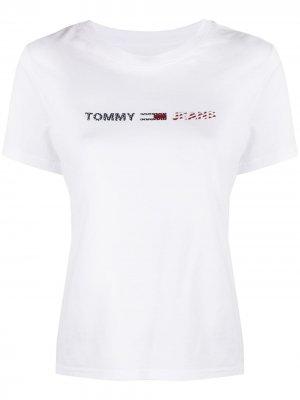 Футболка с логотипом Tommy Jeans. Цвет: белый