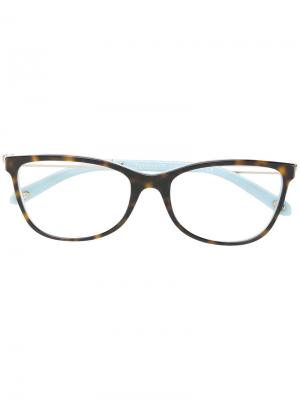 Очки с черепаховым узором Tiffany & Co Eyewear. Цвет: коричневый