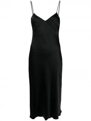 Атласное платье-комбинация с V-образным вырезом Patrizia Pepe. Цвет: черный