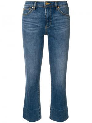 Расклешенные укороченные джинсы Tory Burch. Цвет: синий