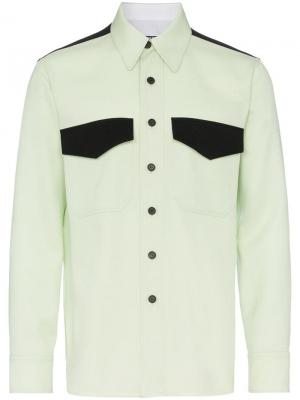 Рубашка с карманами клапанами Calvin Klein 205W39nyc. Цвет: зеленый