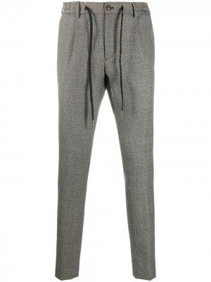 Прямые брюки Tagliatore. Цвет: серый
