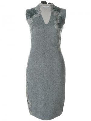 Приталенное платье с V-образным вырезом D.Exterior. Цвет: серый