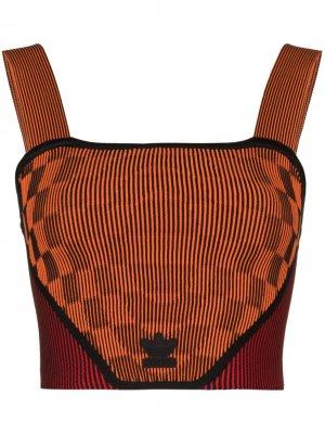 Топ из коллаборации с Paolina Russo adidas. Цвет: оранжевый