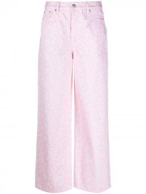 Широкие джинсы с цветочным принтом GANNI. Цвет: розовый