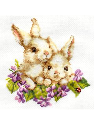 Набор для вышивания Крольчата  15х16 см Алиса. Цвет: белый, светло-зеленый, светло-серый, серый, фиолетовый