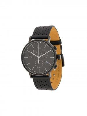 Наручные часы Fairfield Chronograph 41 мм TIMEX. Цвет: черный