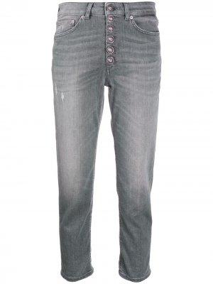 Укороченные джинсы с эффектом потертости Dondup. Цвет: серый