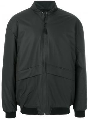 Куртка-бомбер Rains. Цвет: чёрный