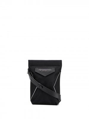 Мини-сумка Antig для iPhone Givenchy. Цвет: черный