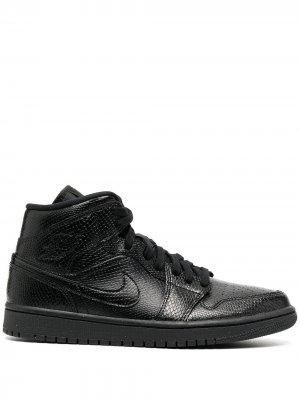 Кроссовки Air  1 Jordan. Цвет: черный