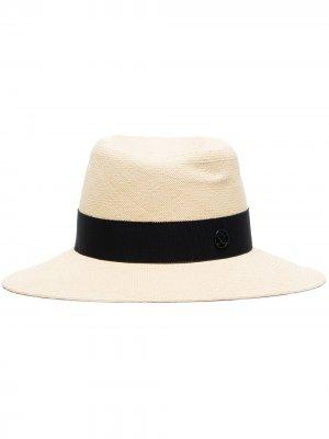 Шляпа-федора с лентой и логотипом Maison Michel. Цвет: нейтральные цвета