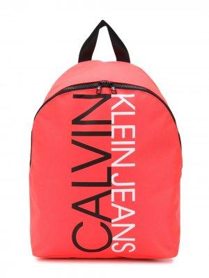 Рюкзак с логотипом Calvin Klein Kids. Цвет: розовый