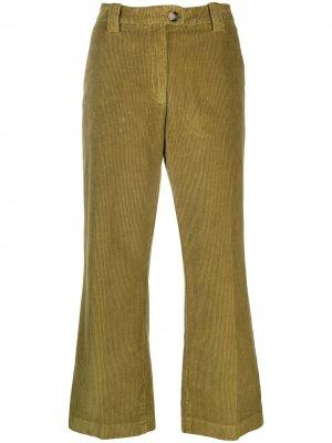 Расклешенные вельветовые брюки Baum Und Pferdgarten. Цвет: зеленый